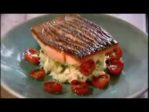 「Gordon Ramsay的脆皮鮭魚料理」- Gordon Ramsay's Crispy Salmon Recipe