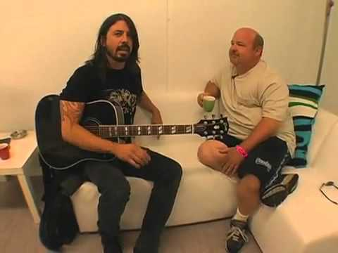 「David Grohl教你寫暢銷流行歌曲」- David Grohl shows how to make a pop song