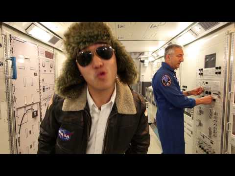 「NASA Johnson Style」- NASA Johnson Style
