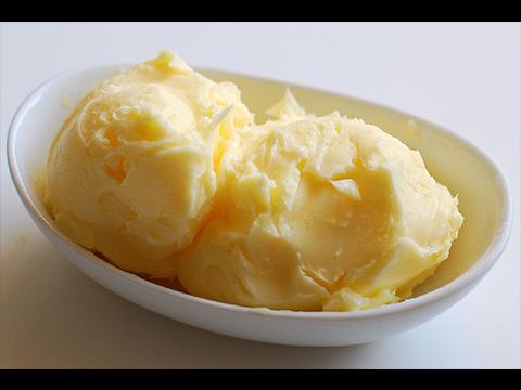 「黑心加工食品退散!手搖黃金奶油」- Shaking Cream into Butter