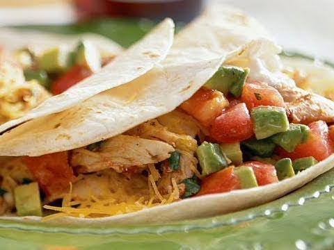 「晚餐吃什麼?墨西哥雞肉夾餅輕鬆上菜!」- Soft Chicken Tacos Recipe