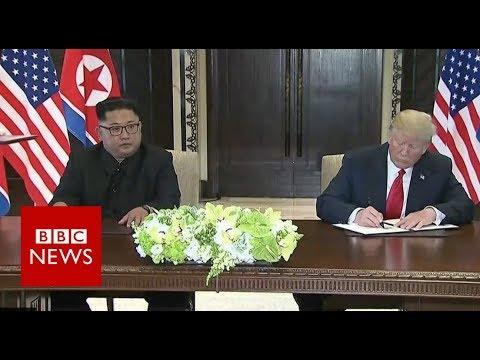 「金川會世紀之握,兩方簽署歷史性文件」- BBC News: Kim Jong-Un and Donald Trump Sign a