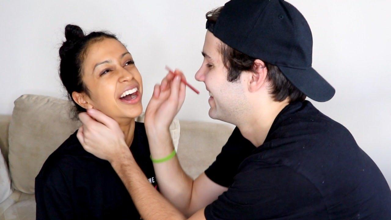 「男友幫我化妝!到底會變成什麼樣子?」- Boyfriend Does My Makeup!